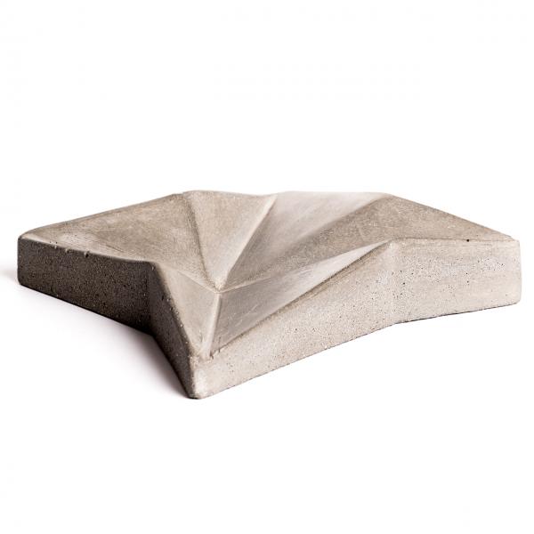 protos-concrete-ashtray-1