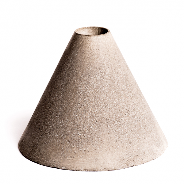 protos-concrete-pen-holder